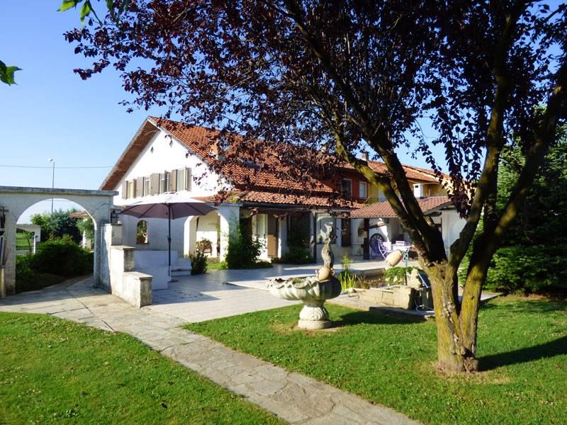 Villa in vendita a Piozzo, 6 locali, prezzo € 300.000 | PortaleAgenzieImmobiliari.it