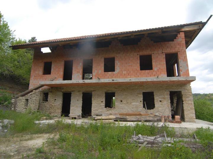 Rustico / Casale in vendita a Murazzano, 7 locali, prezzo € 29.000 | PortaleAgenzieImmobiliari.it