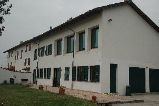 Rustico / Casale in vendita a Alba, 5 locali, prezzo € 759.000 | PortaleAgenzieImmobiliari.it