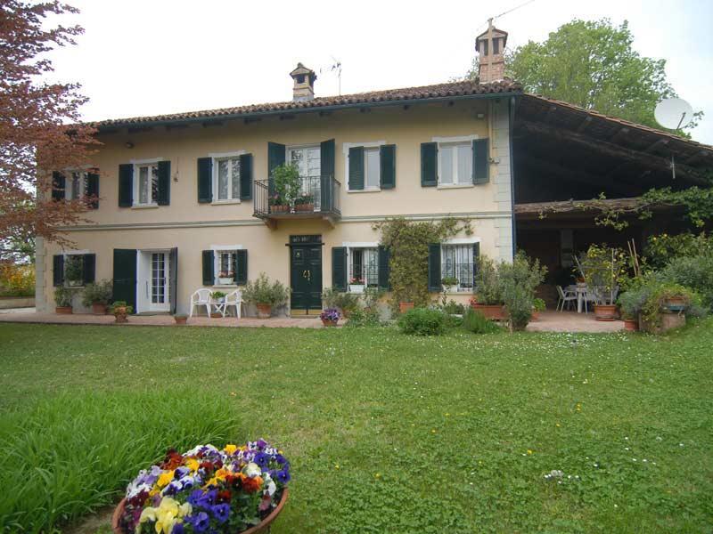Villa, Mombercelli, ristrutturata