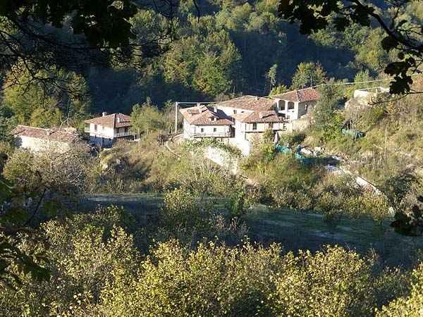 Rustico / Casale in vendita a Arguello, 12 locali, prezzo € 870.000 | PortaleAgenzieImmobiliari.it