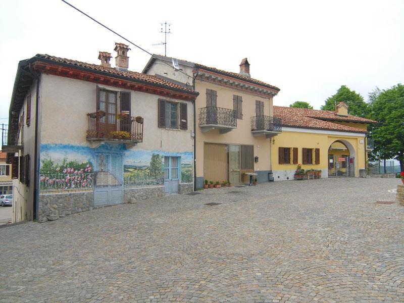 Soluzione Semindipendente in vendita a Roddino, 10 locali, prezzo € 96.000 | PortaleAgenzieImmobiliari.it