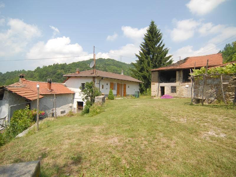Rustico / Casale in vendita a Mombarcaro, 7 locali, prezzo € 110.000 | PortaleAgenzieImmobiliari.it