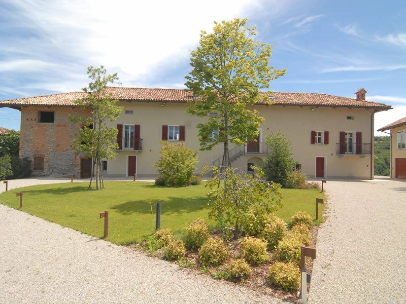 Villa, Monforte D'alba, in nuova costruzione