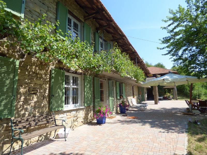 Rustico / Casale in vendita a Mombarcaro, 9 locali, prezzo € 360.000 | PortaleAgenzieImmobiliari.it