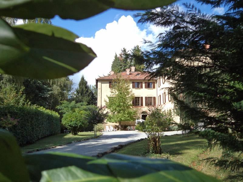 Villa in vendita a Murazzano, 22 locali, Trattative riservate | PortaleAgenzieImmobiliari.it