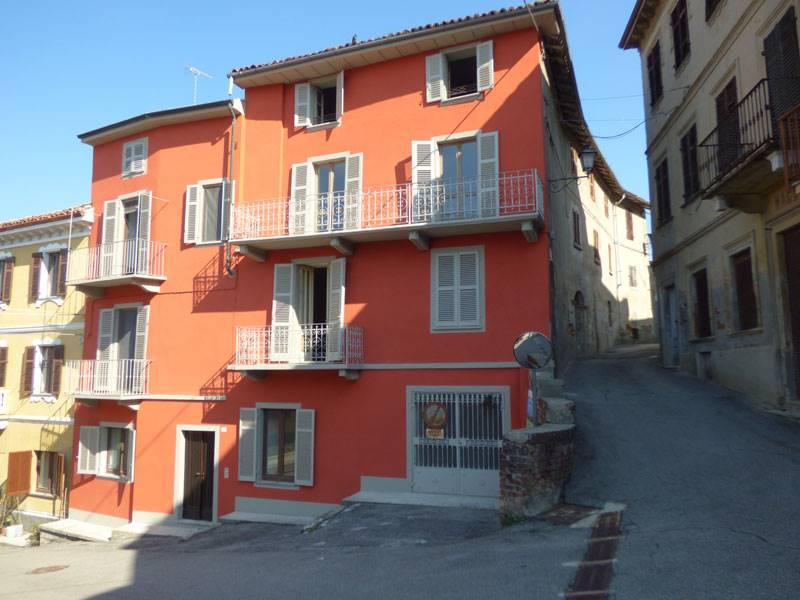 Rustico / Casale in vendita a Vignale Monferrato, 27 locali, prezzo € 260.000   PortaleAgenzieImmobiliari.it