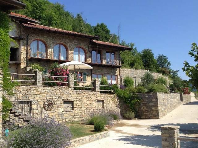 Rustico / Casale in vendita a Mombarcaro, 4 locali, prezzo € 350.000 | PortaleAgenzieImmobiliari.it