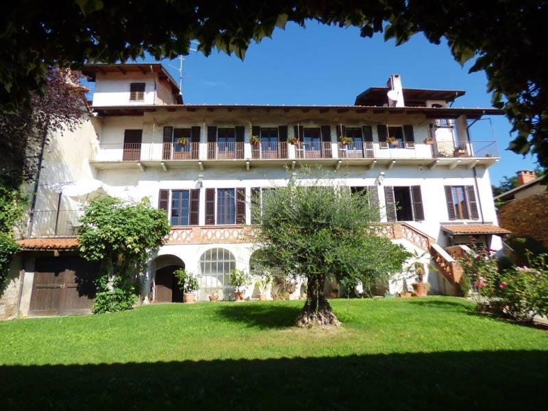 Villa in vendita a Bricherasio, 13 locali, prezzo € 690.000 | PortaleAgenzieImmobiliari.it