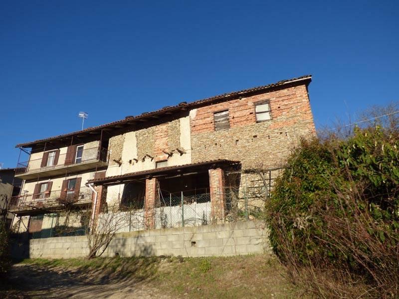 Rustico / Casale in vendita a Bossolasco, 8 locali, prezzo € 60.000   PortaleAgenzieImmobiliari.it