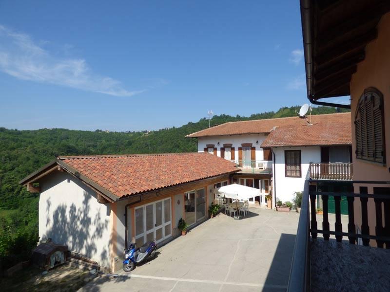 Azienda Agricola in vendita a Cerreto Langhe, 16 locali, prezzo € 990.000 | PortaleAgenzieImmobiliari.it