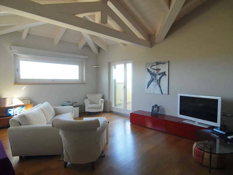 Appartamento in vendita a Monforte d'Alba, 4 locali, prezzo € 315.000   PortaleAgenzieImmobiliari.it