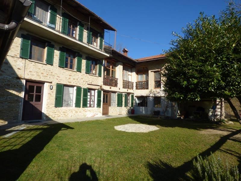 Agriturismo in vendita a Cravanzana, 25 locali, prezzo € 630.000 | PortaleAgenzieImmobiliari.it