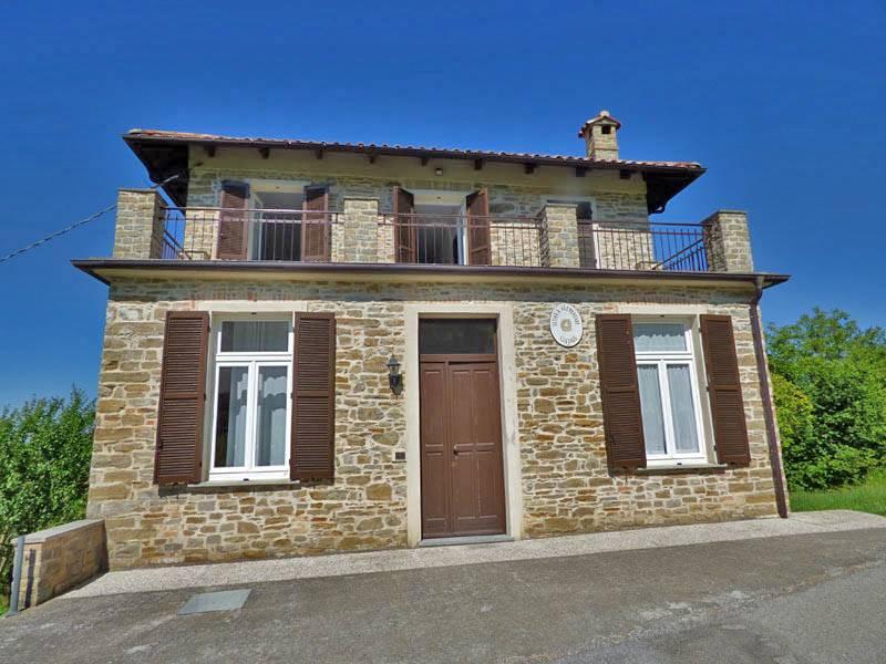 Appartamento in vendita a Mombarcaro, 7 locali, prezzo € 280.000   PortaleAgenzieImmobiliari.it