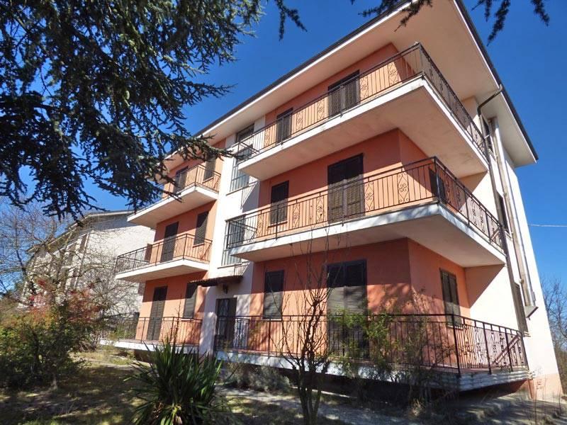 Palazzo / Stabile in vendita a Murazzano, 24 locali, prezzo € 430.000 | PortaleAgenzieImmobiliari.it