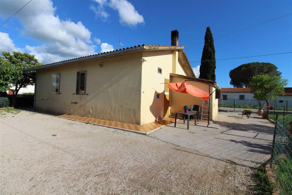 Villa, Roselle, Grosseto, in ottime condizioni