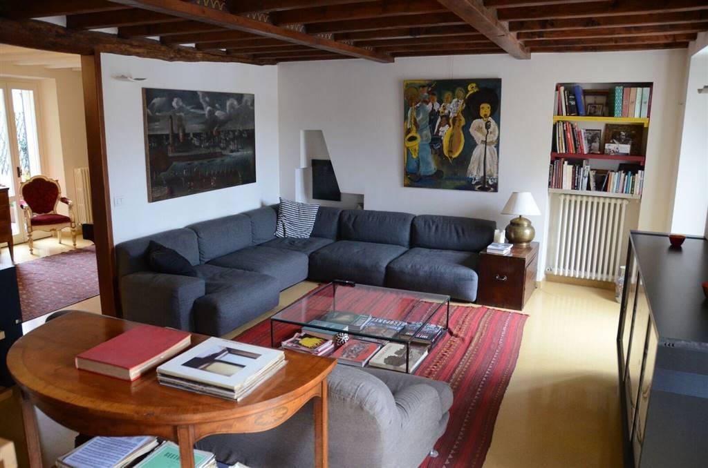 Appartamento, Centro Storico, Pavia, in ottime condizioni