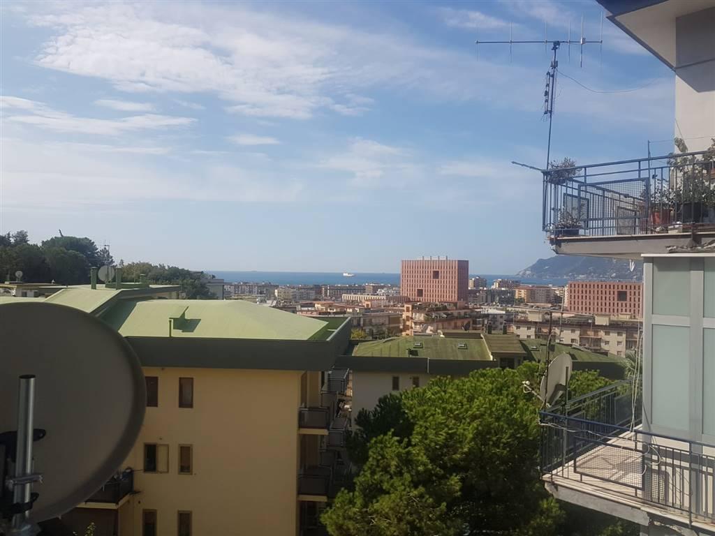 Quadrilocale, Ginestre , Sala Abbagnano , Panoramica , Casa Manzo, Salerno, ristrutturato