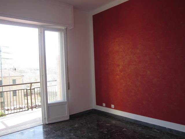Appartamento in vendita a Cairo Montenotte, 3 locali, prezzo € 50.000   CambioCasa.it