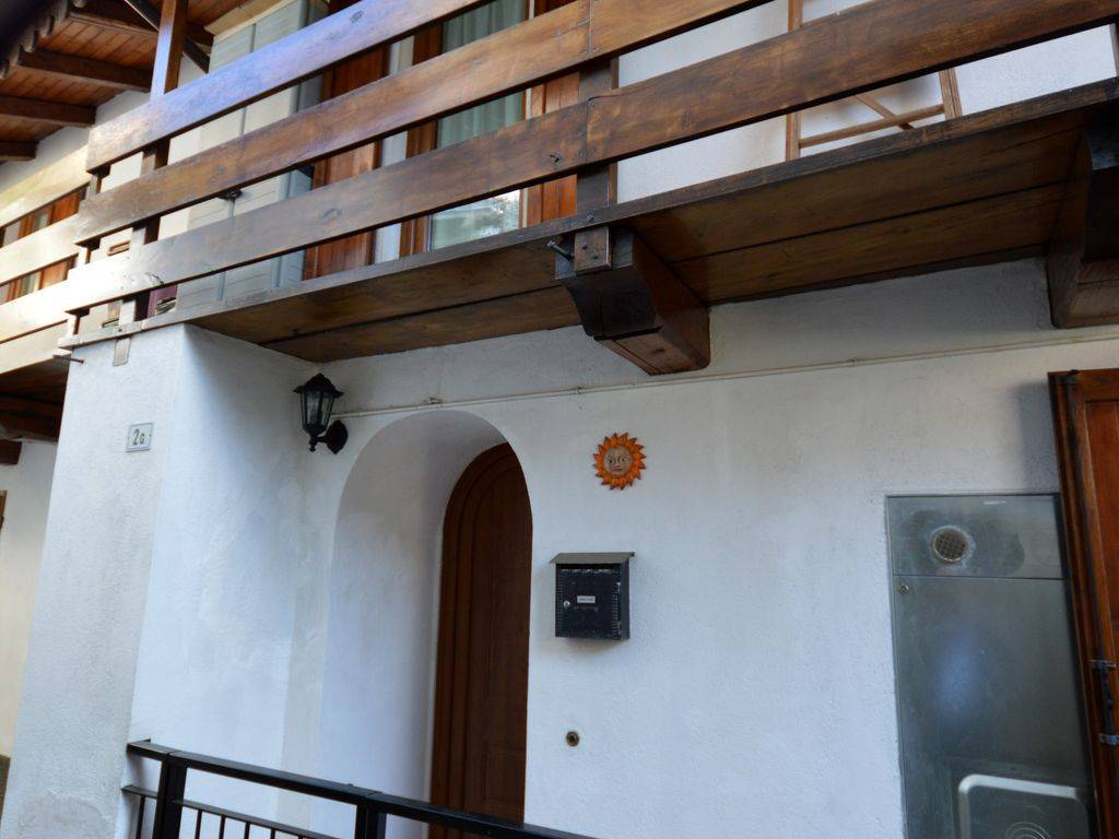 Soluzione Semindipendente in vendita a Armeno, 3 locali, prezzo € 100.000 | CambioCasa.it