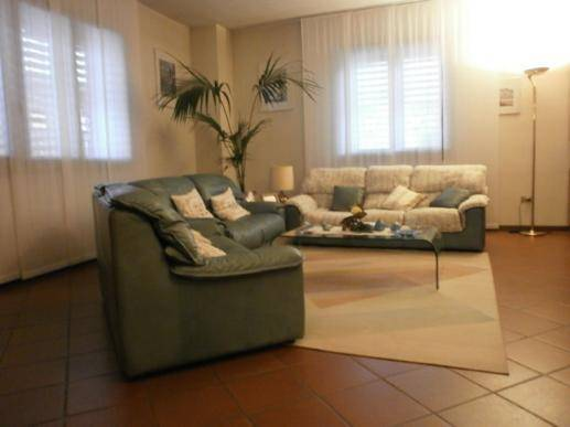 Villa a schiera, Pistoia Ovest, Pistoia, in ottime condizioni