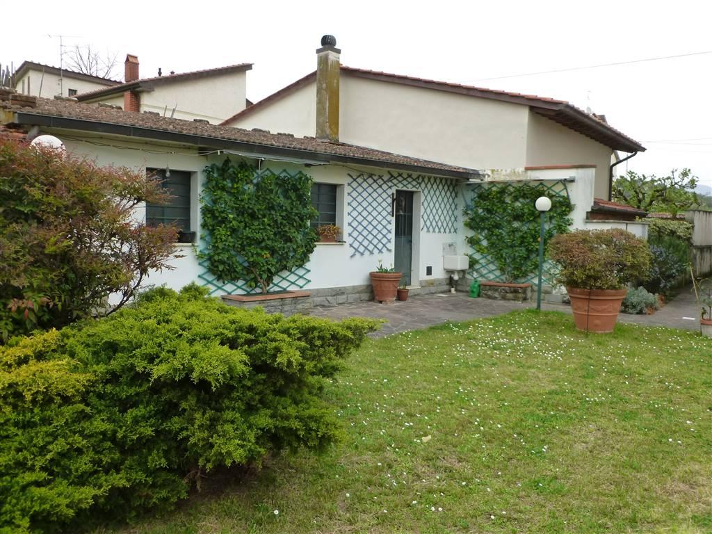 Villa, Spazzavento, Pistoia, abitabile
