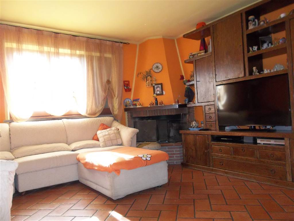 Appartamento indipendente, Momigno, Marliana, ristrutturato