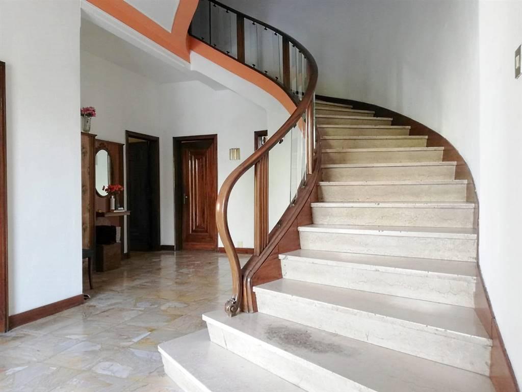 Villa, Centrale, Pistoia