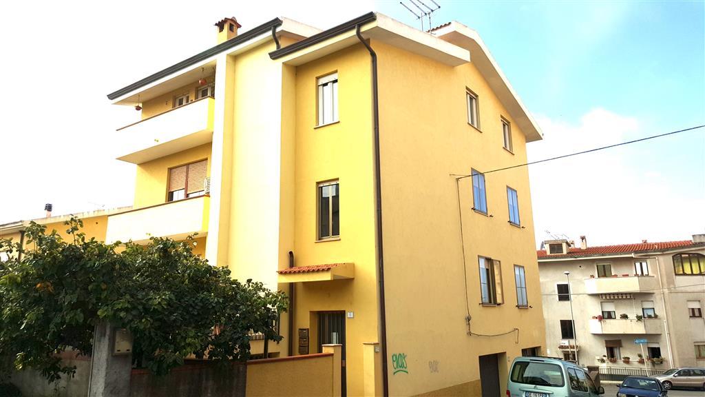 Appartamento in Via Carlo Forte, Semicentro, Nuoro