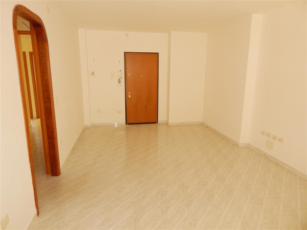 Appartamento in Via Limbara  16, Periferia, Nuoro