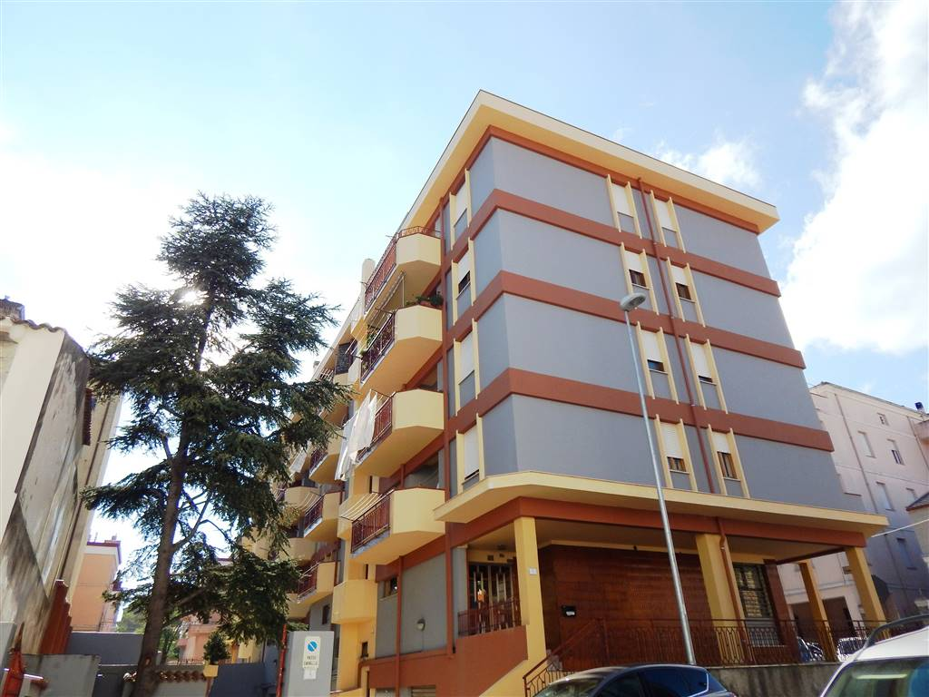 Appartamento in Via Asiago  5, Centro, Nuoro