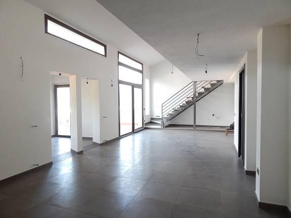 Appartamento in Via Monte Jaca  73, Semicentro, Nuoro