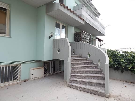 Appartamento in Via Coniugi Curiè, Periferia, Nuoro