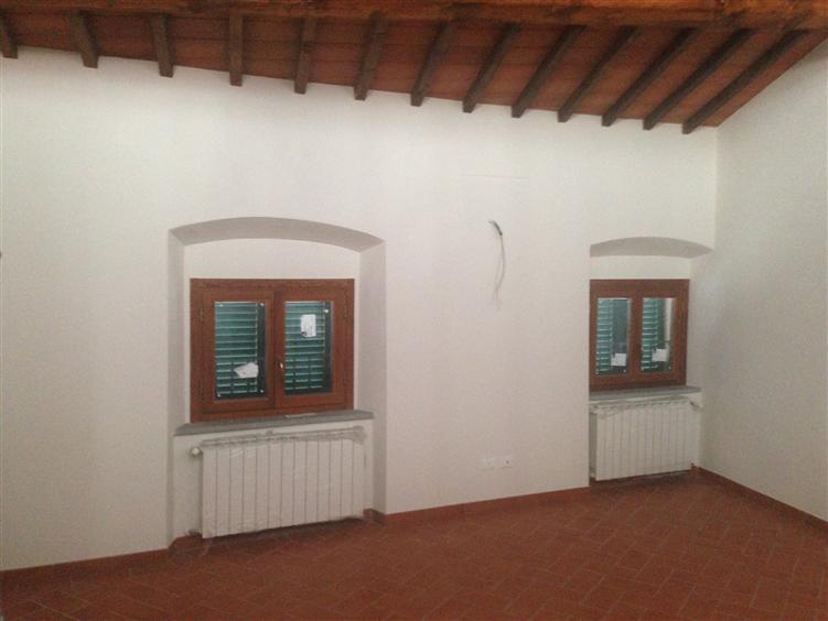 Appartamento in vendita a Carmignano, 4 locali, prezzo € 260.000   PortaleAgenzieImmobiliari.it