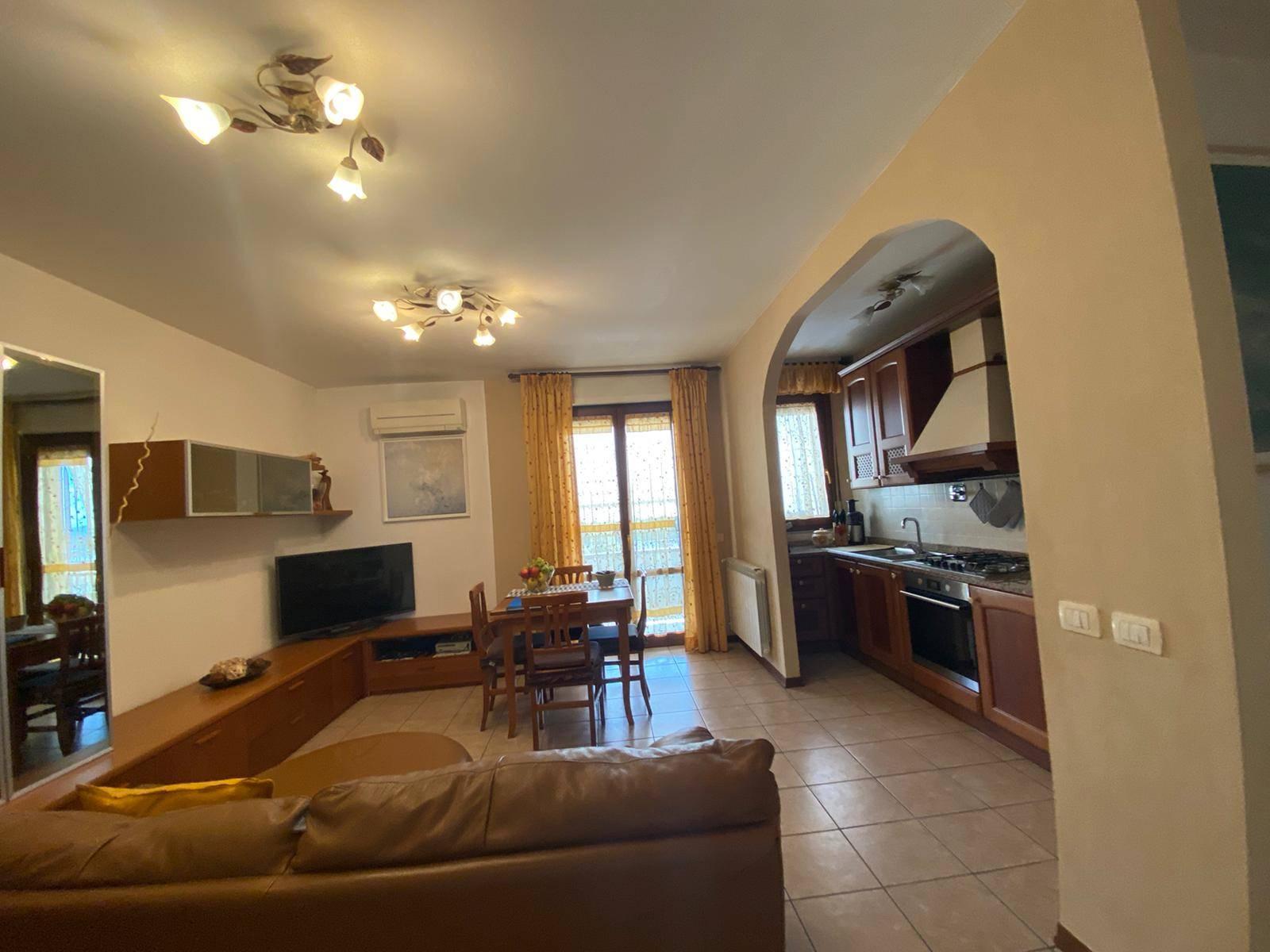 Appartamento in vendita a Prato, 3 locali, zona Località: SOCCORSO, prezzo € 170.000 | CambioCasa.it