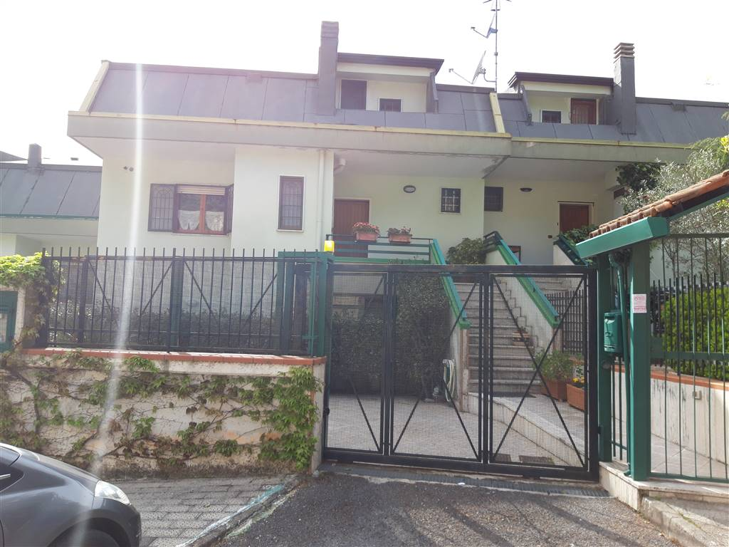 COLOGNA, PELLEZZANO, Villa for sale of 130 Sq. mt., Excellent Condition, Heating Individual heating system, Energetic class: F, Epi: 75,5 kwh/m2 year,