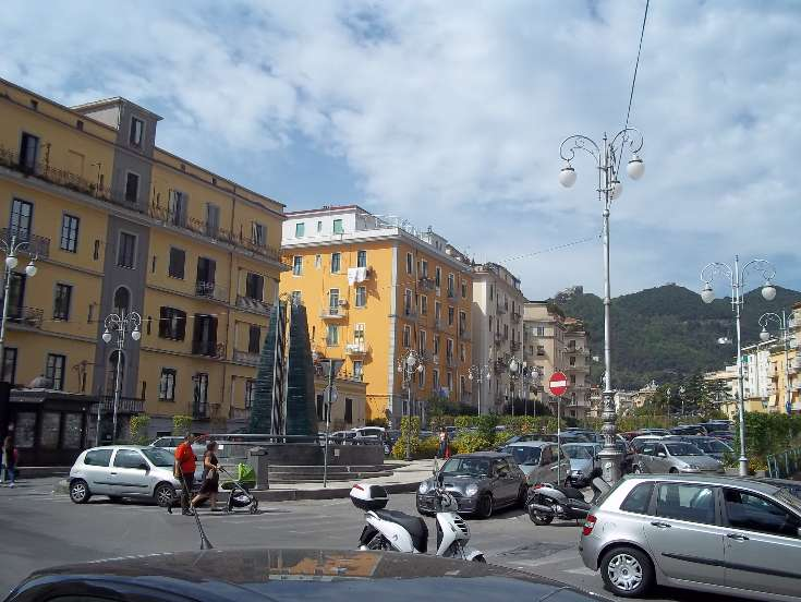 Negozio in Via Nizza, Centro, Salerno