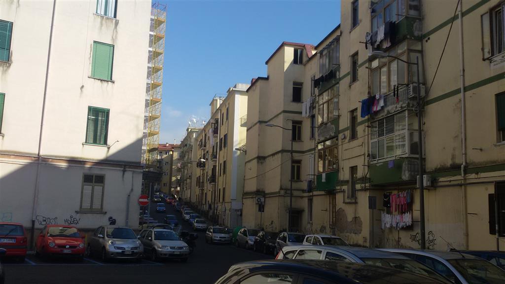 Trilocale in Via Alberto Alì 4, Centro, Salerno