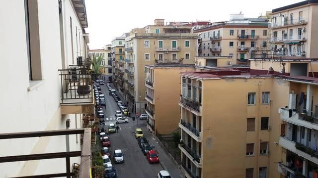 Appartamento in Via Renato De Martino, Centro, Salerno