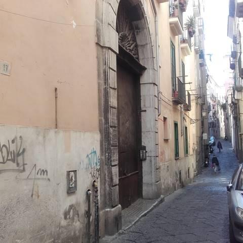 Bilocale in Via T. Tasso 19, Centro Storico, Salerno
