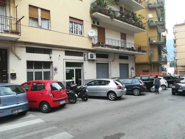 Negozio in Via Nicolodi 37, Carmine, Salerno