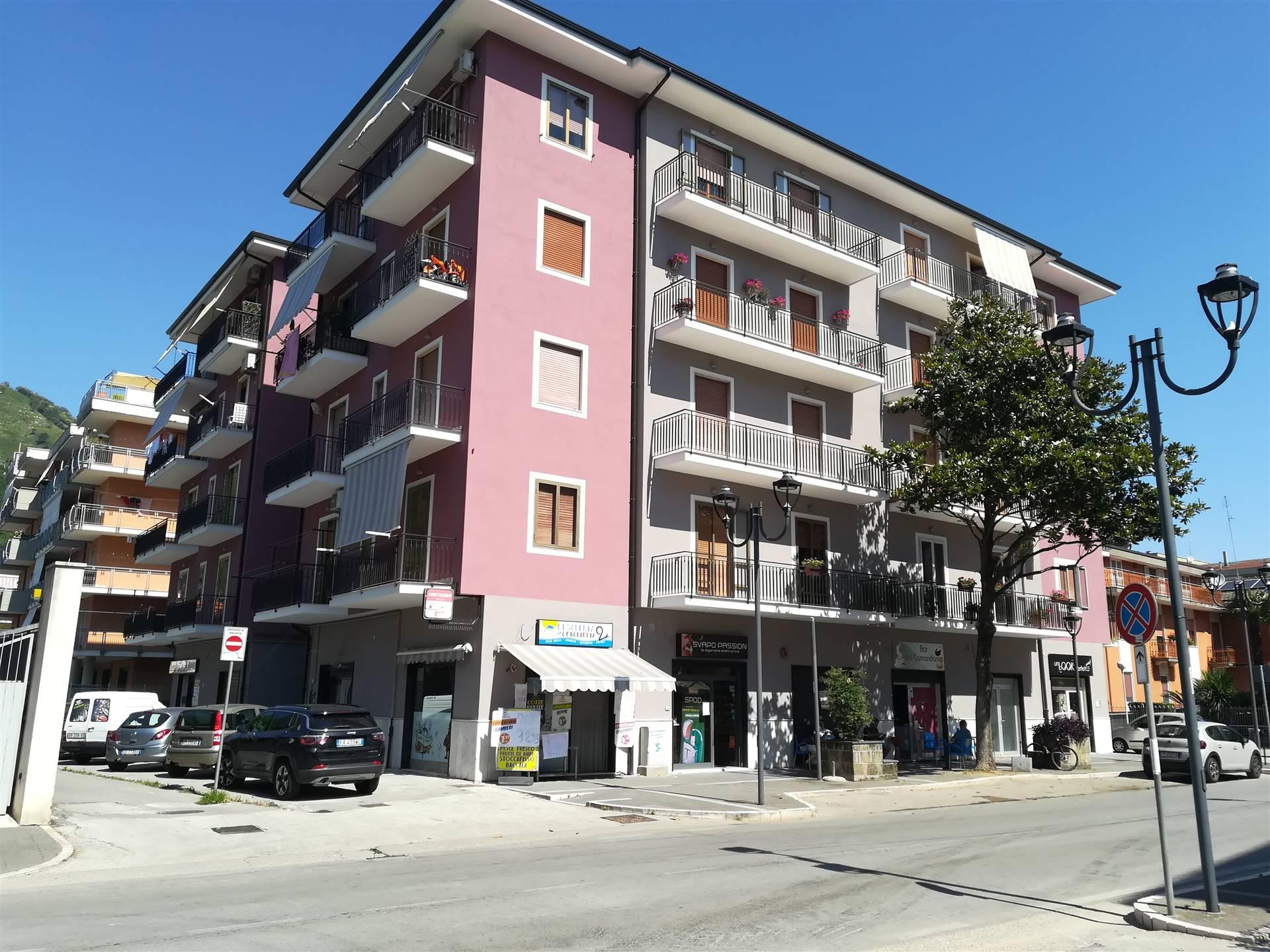 Appartamento in vendita a Baronissi, 4 locali, prezzo € 180.000 | CambioCasa.it
