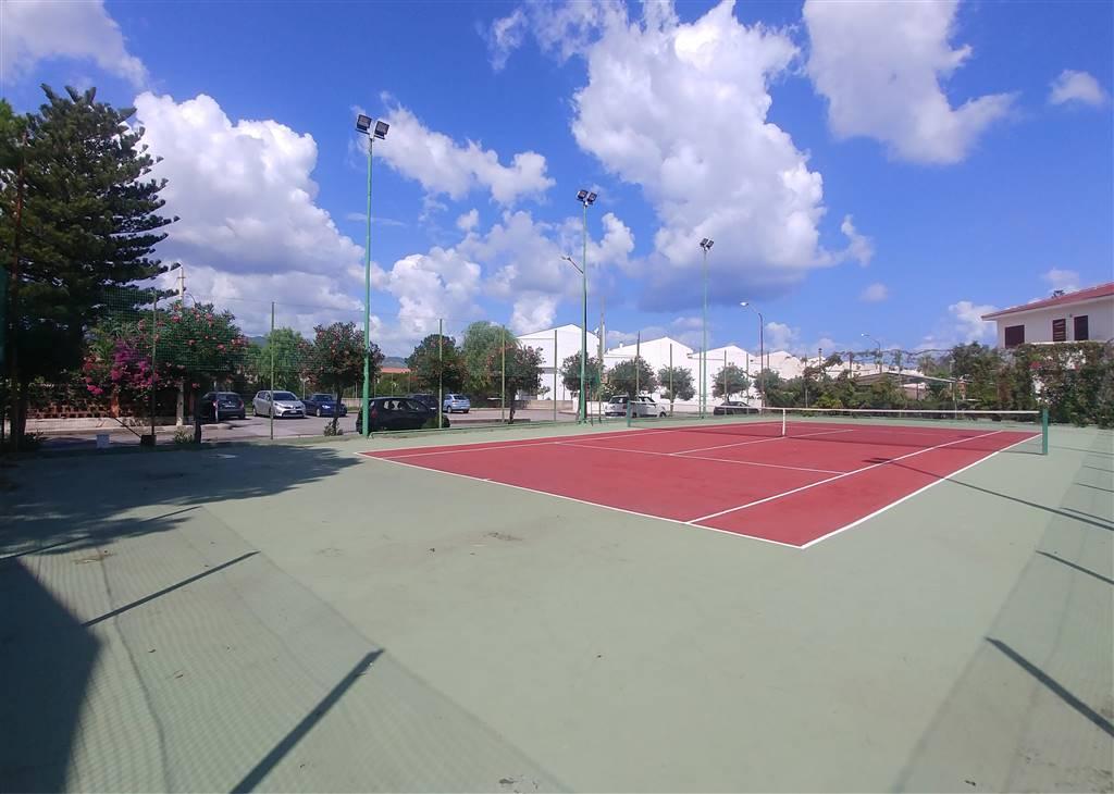 Campo da tennis condominiale