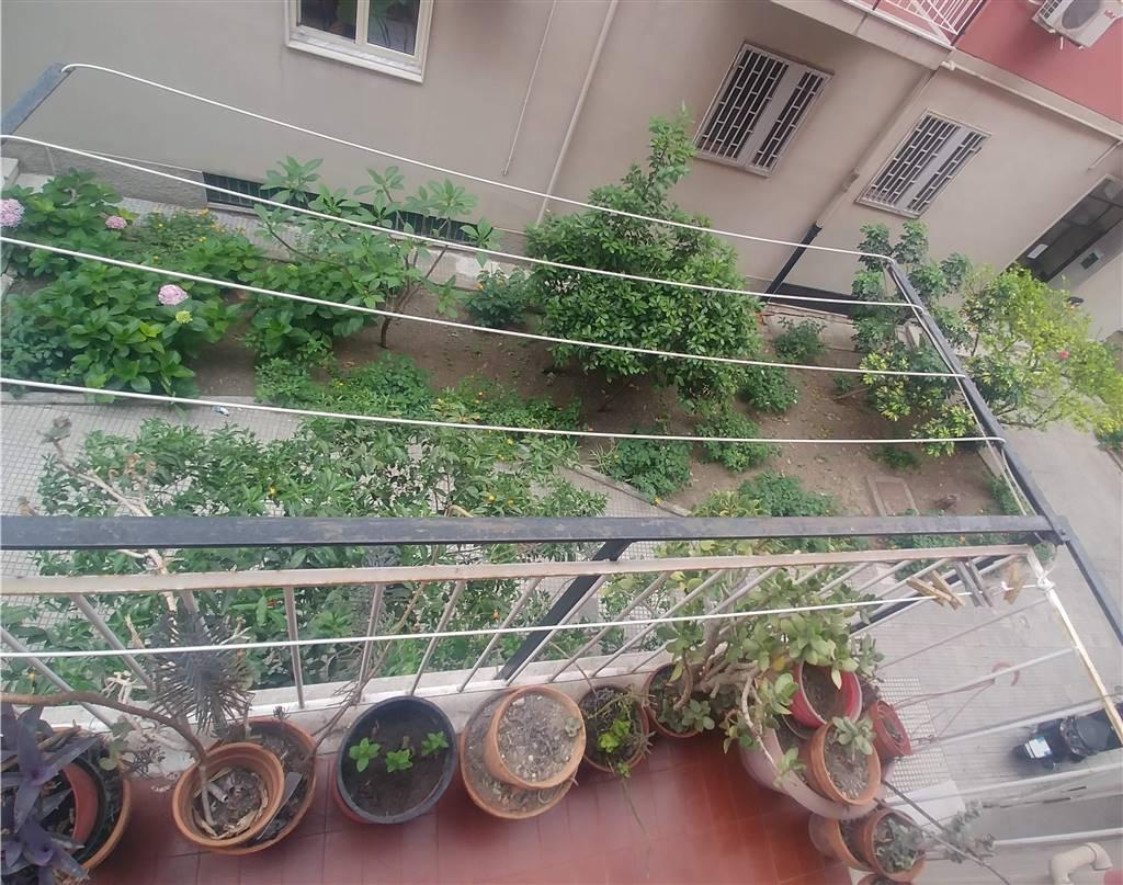Balcone su giardino