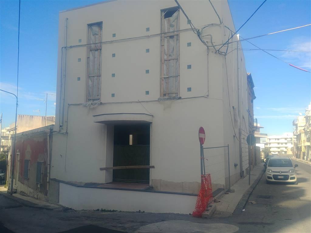 Albergo in vendita a Venetico, 12 locali, zona Zona: Venetico Marina, prezzo € 380.000 | CambioCasa.it