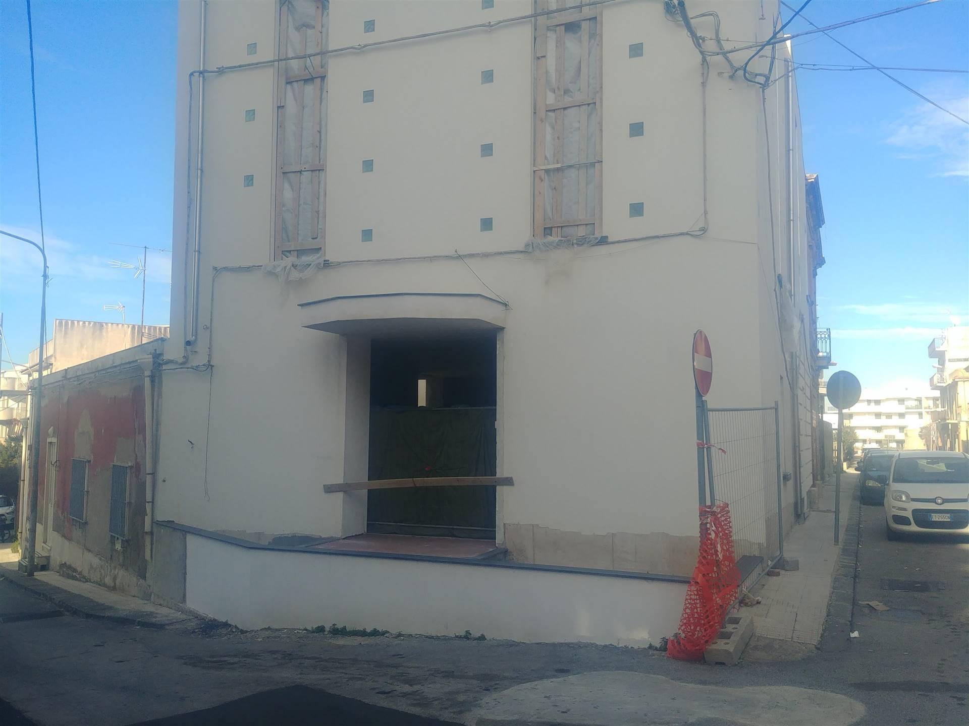 Albergo in vendita a Venetico, 8 locali, zona Zona: Venetico Marina, prezzo € 285.000 | CambioCasa.it