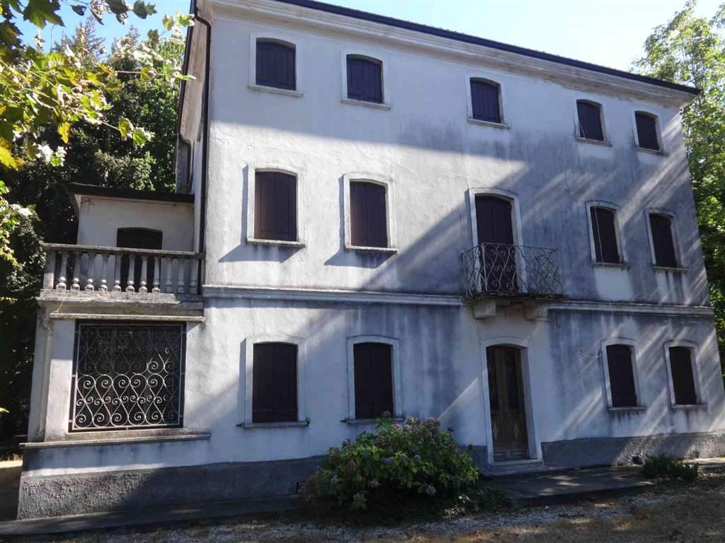 Villa, San Dona' Di Piave, da ristrutturare