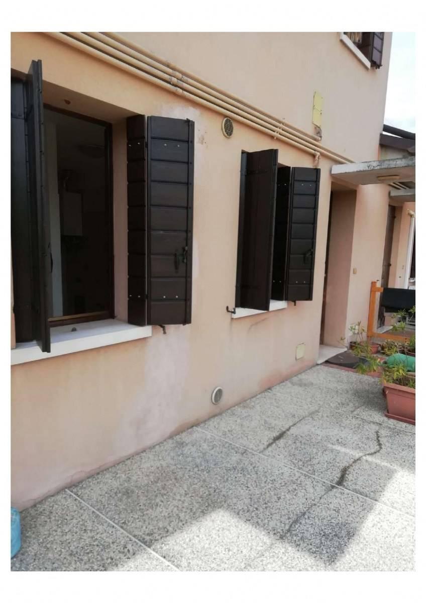 Soluzione Indipendente in vendita a San Donà di Piave, 4 locali, prezzo € 109.000   CambioCasa.it