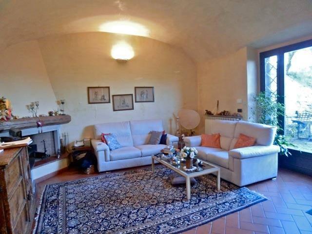 Reihenhaus In Verkauf in Bagno a Ripoli Zone Grassina (Firenze ...