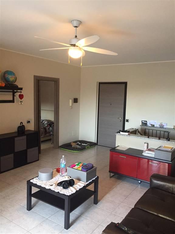 Appartamento in vendita a Cambiago, 3 locali, prezzo € 185.000 | PortaleAgenzieImmobiliari.it